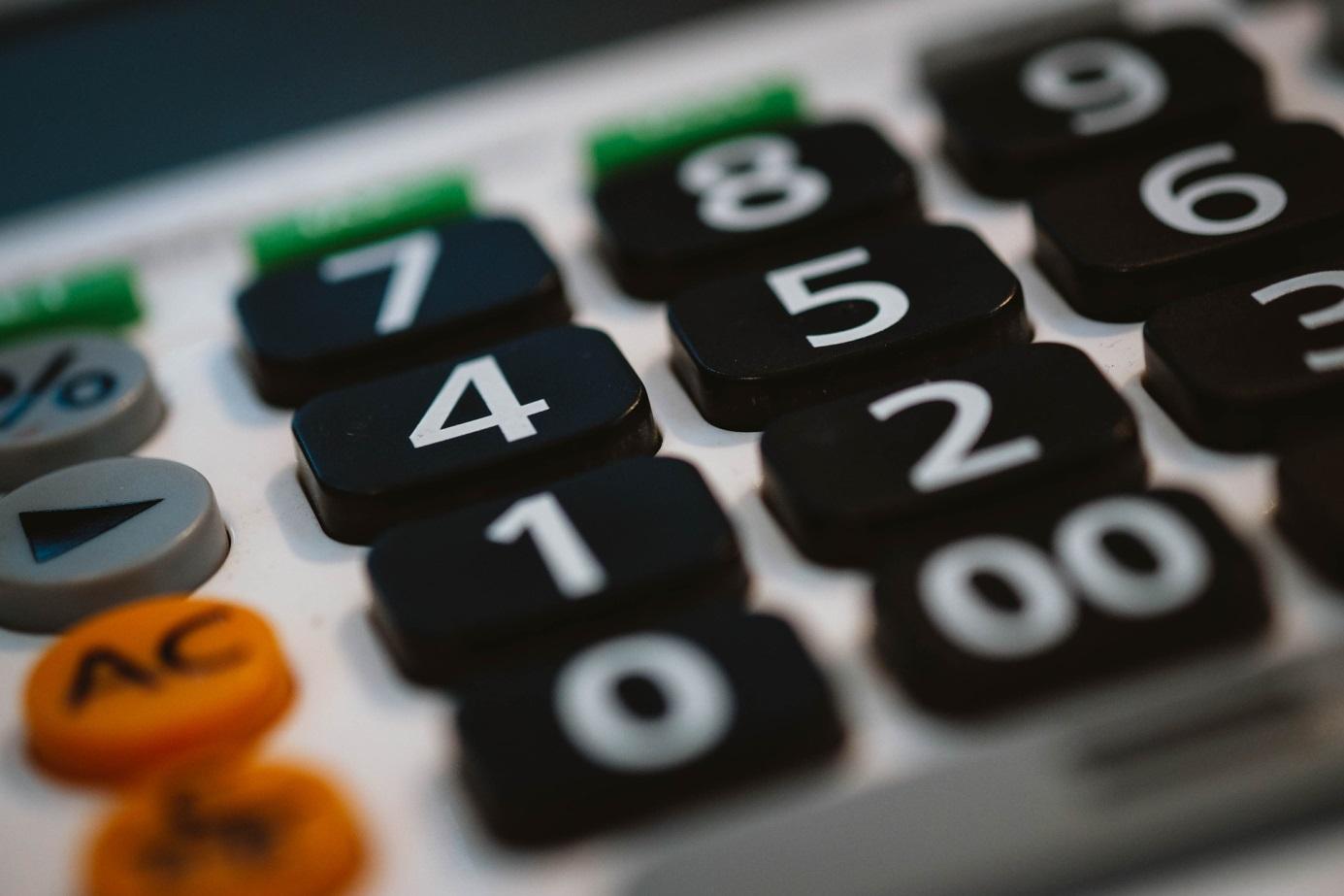 Pożyczka w ratach na spłatę zadłużenia – sposób na odzyskanie stabilności finansowej