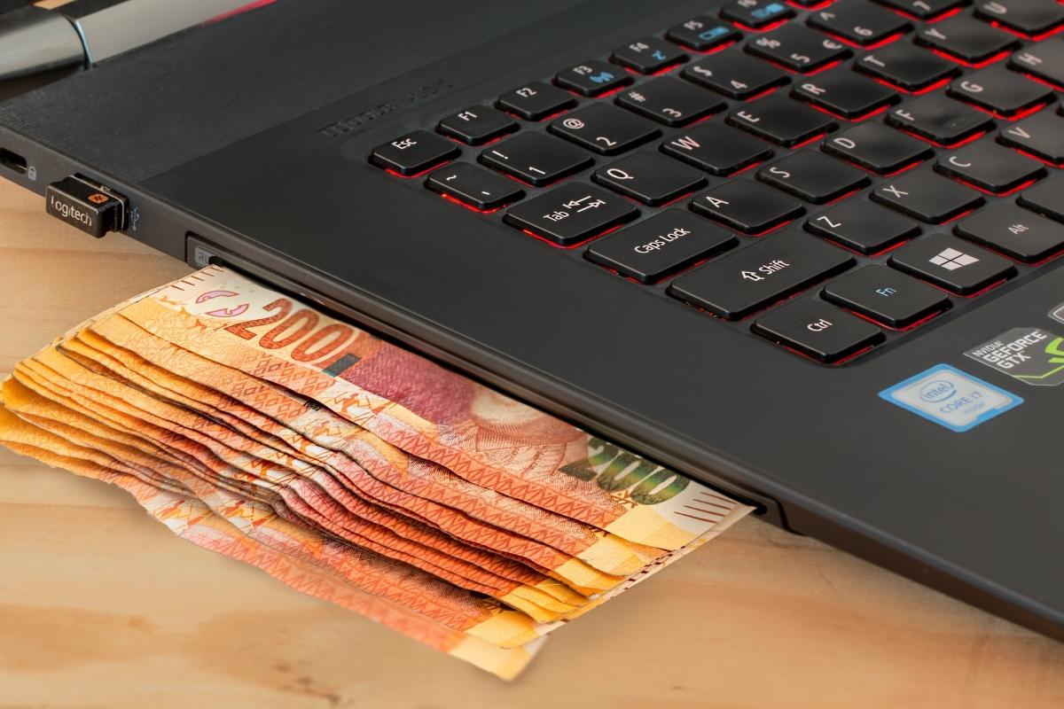 Co składa się na koszt kredytu?